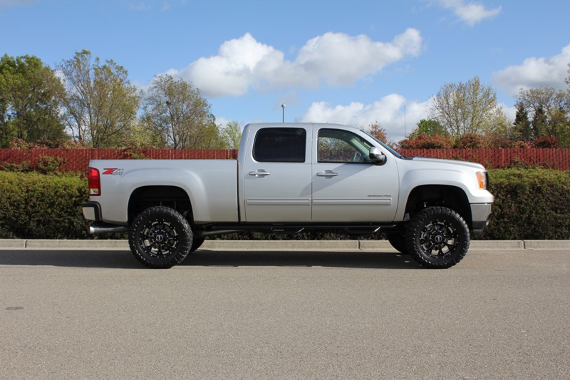 2012 2500hd level kit or 4 lift diesel place chevrolet and gmc 2012 2500hd level kit or 4 lift diesel place chevrolet and gmc diesel truck forums publicscrutiny Choice Image